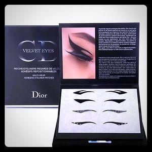 📸EYELINER Velvet STICK ON makeup Eyeliners  🎭